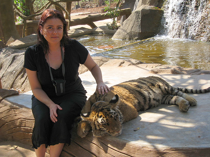Peta at Tiger Temple in Thailand